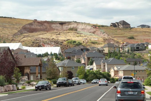 USA - Wzgórze w North Salt Lake w stanie Utah osunęło się na dom 2