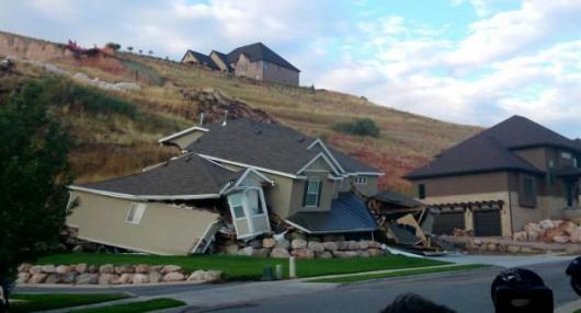 USA - Wzgórze w North Salt Lake w stanie Utah osunęło się na dom