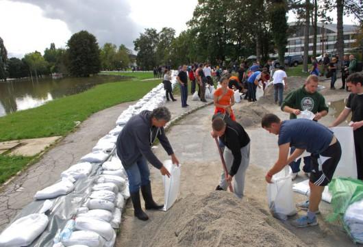 Josipoviæ u poplavom ugroženom podruèju u Karlovcu