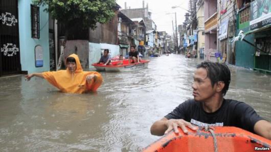 Filipiny - W ciągu 6 godzin spadła norma z połowy miesiąca 10