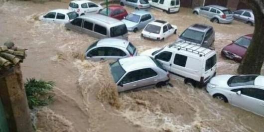 Francja - Ogromne ulewy na południu kraju spowodowały gwałtowne powodzie 1