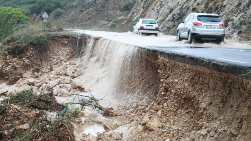 Francja - Ogromne ulewy na południu kraju spowodowały gwałtowne powodzie 2
