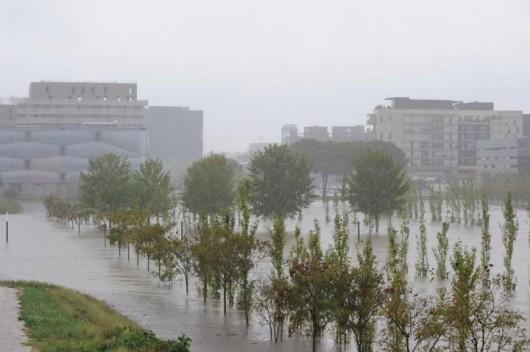 Francja - Ogromne ulewy na południu kraju spowodowały gwałtowne powodzie 5