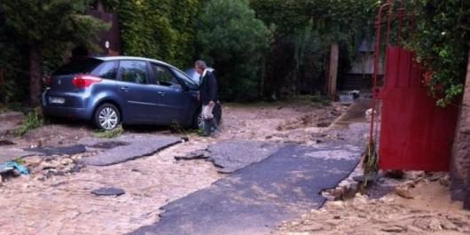 Francja - Ogromne ulewy na południu kraju spowodowały gwałtowne powodzie 8