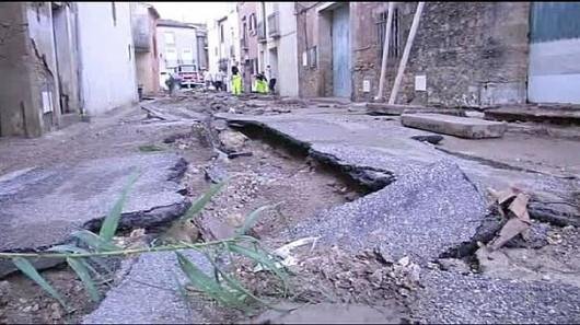 Francja - Ogromne ulewy na południu kraju spowodowały gwałtowne powodzie 9