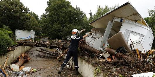 Francja - Potężna burza przeszła przez południe kraju 3