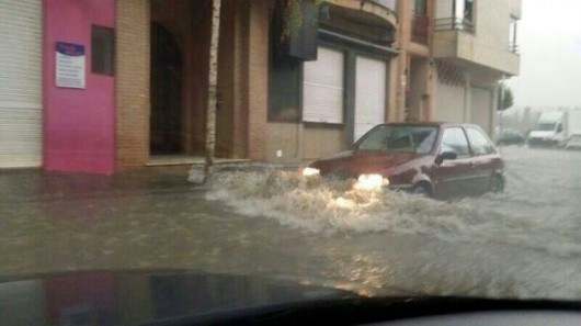 Hiszpania - W godzinę spadło 66 l na mkw, największe szkody w rejonie Murcji 3