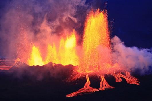 Islandia - Trwa jedna z największych erupcji szczelinowych w Holuhraun