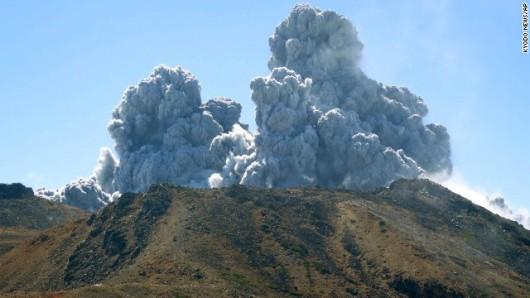 Japonia - Wulkan Ontake zabił co najmniej 30 osób 2