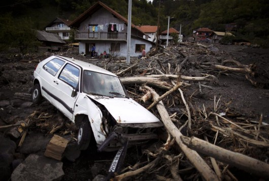 Serbia - Powódź na wschodzie kraju, samochody pływały w błocie 5