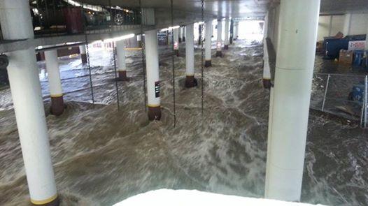USA - Przez cyklon Norbert okolice Las Vegas znalazły się pod wodą 11