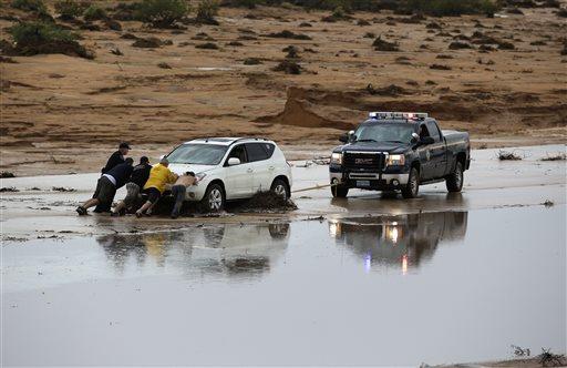 USA - Przez cyklon Norbert okolice Las Vegas znalazły się pod wodą 3