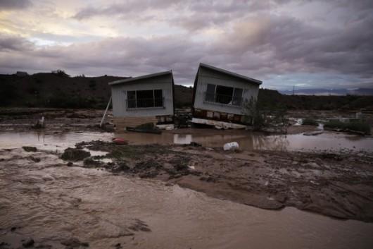 USA - Przez cyklon Norbert okolice Las Vegas znalazły się pod wodą 4