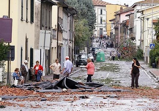 Włochy - Bomba woda we Florencji 11