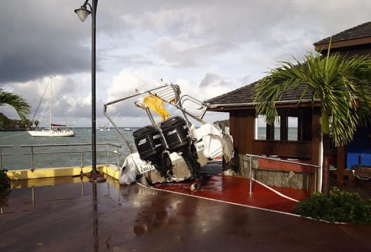 Bermudy - Huragan Gonzalo uderzył w wyspę 3