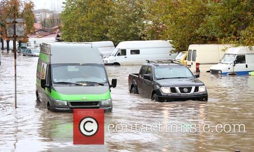 Bułgaria - Ulewny deszcz i śnieżyce paraliżują kraj, 30 tysięcy domów bez prądu 5