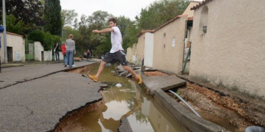 Francja - Silny wiatr i duże opady deszczu na południu kraju 13