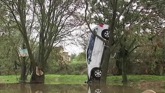 Francja - Silny wiatr i duże opady deszczu na południu kraju 3
