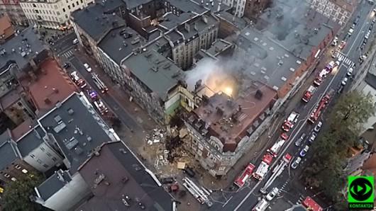 Katowice, Polska - Eksplozja gazu zniszczyła kamienicę 3