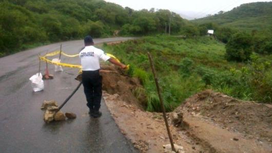 Meksyk - Powodzie i lawiny błotne na południu kraju 11