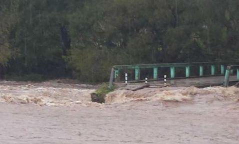 Meksyk - Powodzie i lawiny błotne na południu kraju 13