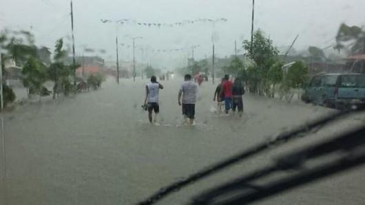 Meksyk - Powodzie i lawiny błotne na południu kraju 3