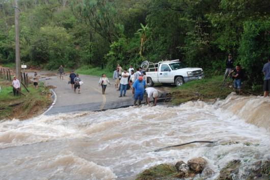 Meksyk - Powodzie i lawiny błotne na południu kraju 4