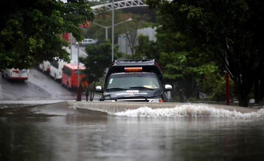 Meksyk - Powodzie i lawiny błotne na południu kraju 5
