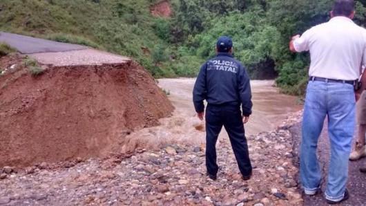 Meksyk - Powodzie i lawiny błotne na południu kraju 9