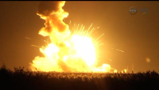 NASA - Sześć sekund po starcie eksplodowała rakieta nośna z bezzałogowym statkiem transportowym Cygnus