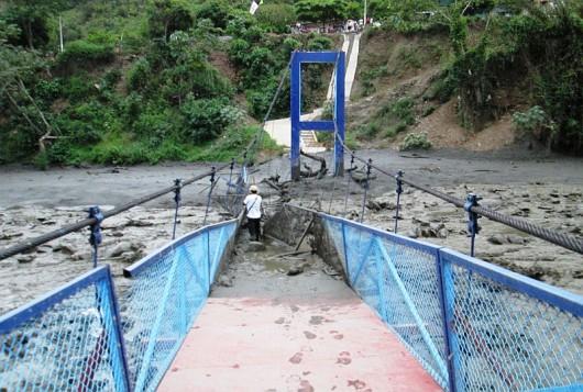 Peru - Intensywne opady deszczu i lawiny błotne przeszły przez region Yanatile 3