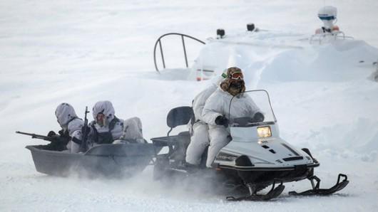 Rosja rozbudowuje swój militarny potencjał w Arktyce
