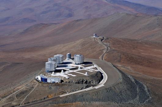 Teleskop VLT w obserwatorium Paranal /J.L. Dauvergne & G. Hüdepohl /