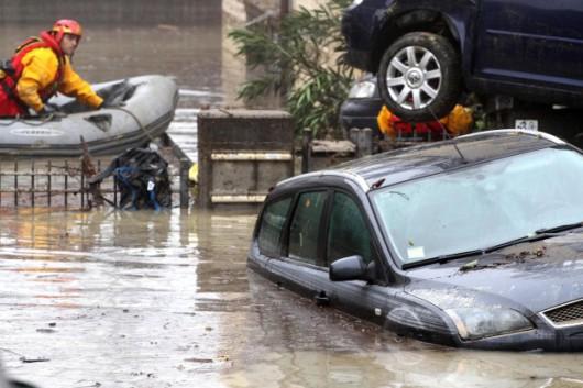 Włochy - Deszcze, osunięcia ziemi i lawiny błotne 01