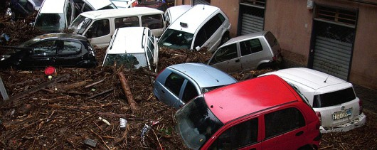 Włochy - Deszcze, osunięcia ziemi i lawiny błotne 07