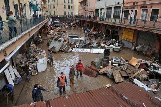 Włochy - Deszcze, osunięcia ziemi i lawiny błotne 16
