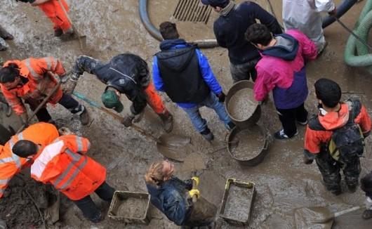 Włochy - Deszcze, osunięcia ziemi i lawiny błotne 19