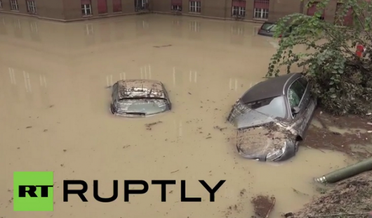 Włochy - Deszcze, osunięcia ziemi i lawiny błotne 21