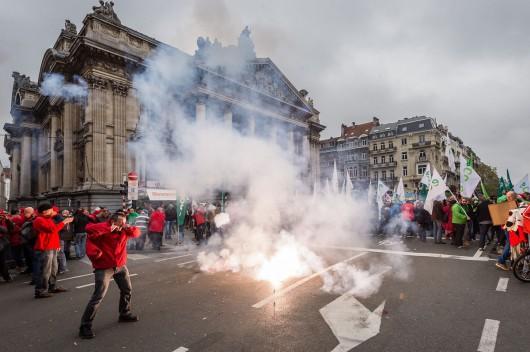 Belgia - Masowe demonstracje z powodu planów zwiększenia wieku emerytalnego z 65 do 67 lat 4