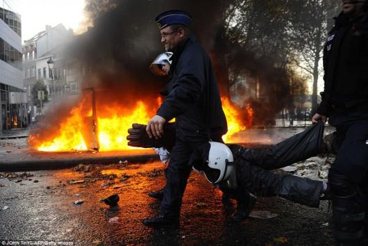Belgia - Masowe demonstracje z powodu planów zwiększenia wieku emerytalnego z 65 do 67 lat 6