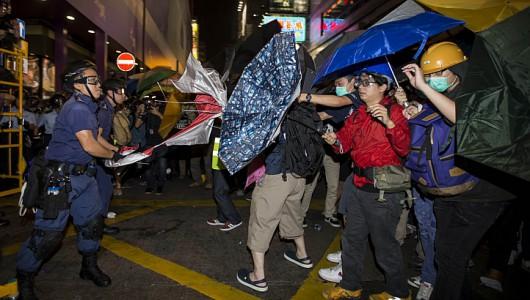 Chiny - Kolejne starcia w HongKongu 3