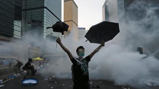 Chiny - Kolejne starcia w HongKongu 4