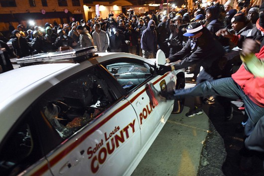 Image: TOPSHOTS-US-CRIME-POLICE-RACE-UNREST