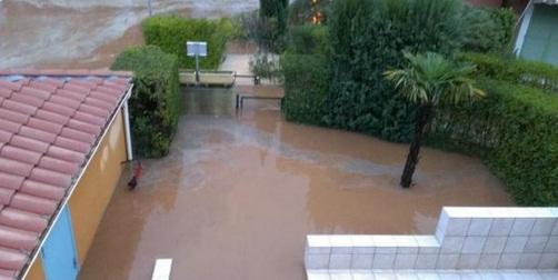 Francja - Burze i ulewny deszcz na południowym-wschodzie kraju 6