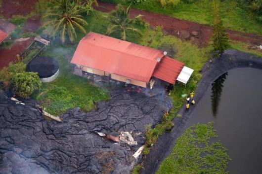 Hawaje, USA - Lawa z wulkanu Kilauea spaliła pierwszy dom 1