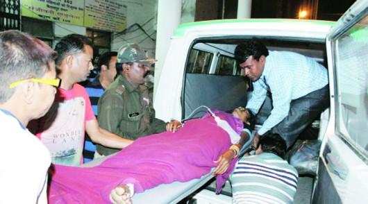 Indie - Po masowej sterylizacji 8 kobiet zmarło, do szpitala z powikłaniami trafiło ponad 60 1