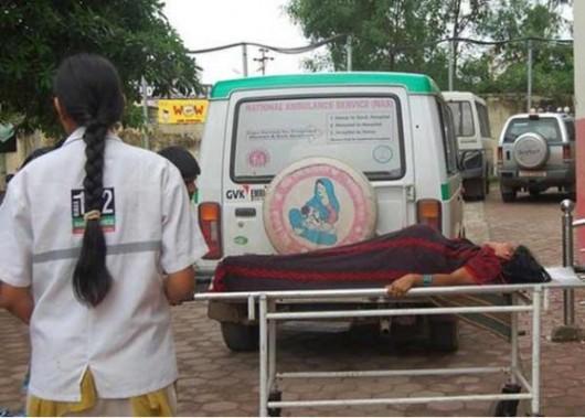 Indie - Po masowej sterylizacji 8 kobiet zmarło, do szpitala z powikłaniami trafiło ponad 60