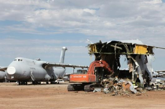 Koniec transportowca C-5 Galaxy. To czego nie da się użyć ponownie, trafia na złom
