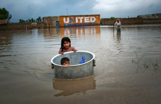 Maroko - Wyschnięte koryta rzek napełniły się wodą 1