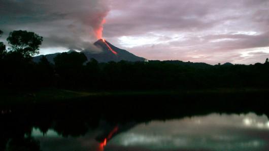Meksyk - Nastąpiła erupcja wulkanu Colima 3